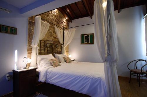 perleas-rooms-pergamonto-kampos-chios-0010