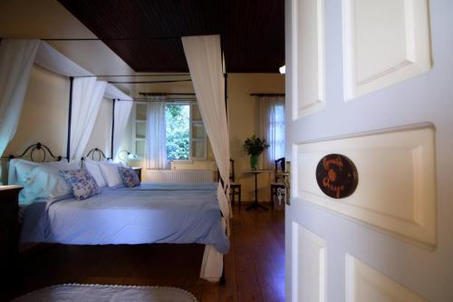perleas-rooms-portokali-kampos-chios-001