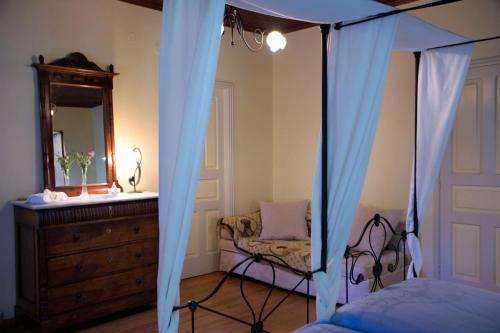 perleas-rooms-portokali-kampos-chios-0010