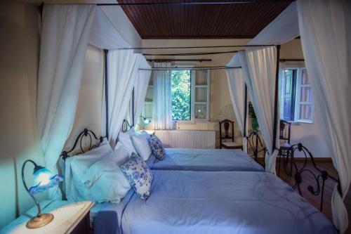 perleas-rooms-portokali-kampos-chios-0020
