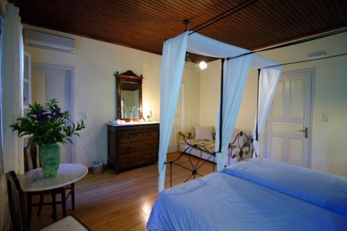 perleas-rooms-portokali-kampos-chios-0023