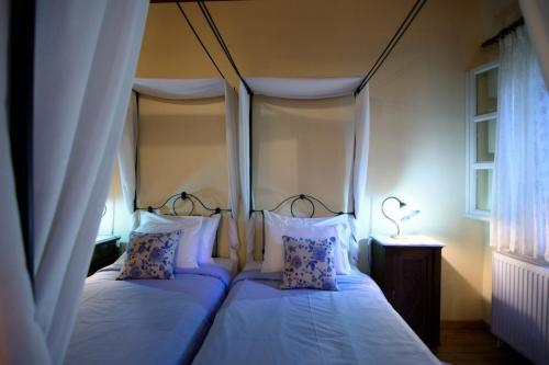 perleas-rooms-portokali-kampos-chios-0028